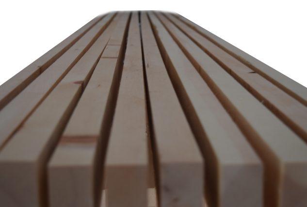 Massivholzleisten gehobelt und feingeschliffen